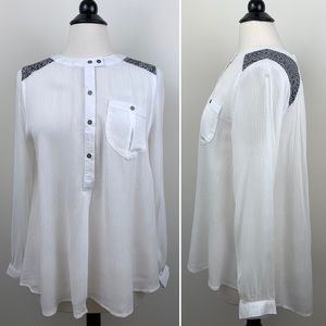 NWT Umgee USA Crinkle Tunic White Black Small